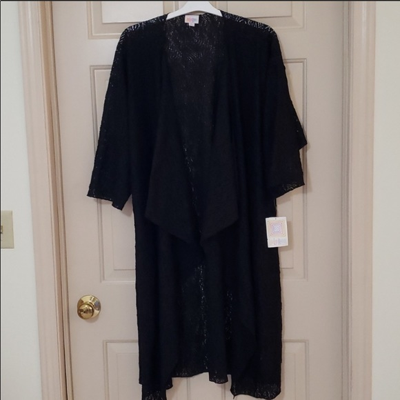 NWT L- and fits to 3x size Shirley NOIR cover up